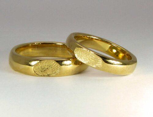 Fedi con impronta oro giallo 18 karati
